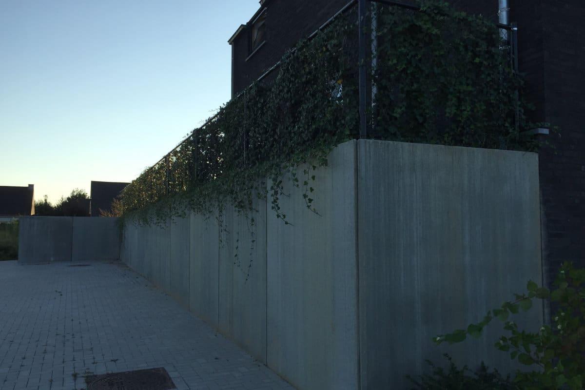 moderne betonnen afsluiting